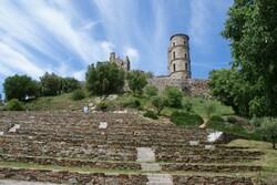 Mildéfis- 246 château en ruines