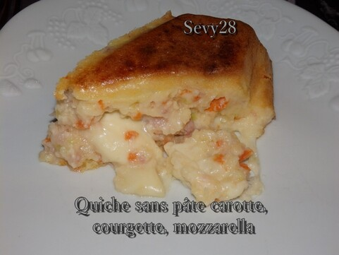 Quiche sans pâte courgette, carotte, mozzarella (thermomix)