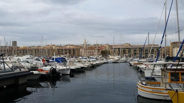 MARSEILLE - Mamiekéké se promène autour du  Vieux Port (fin)