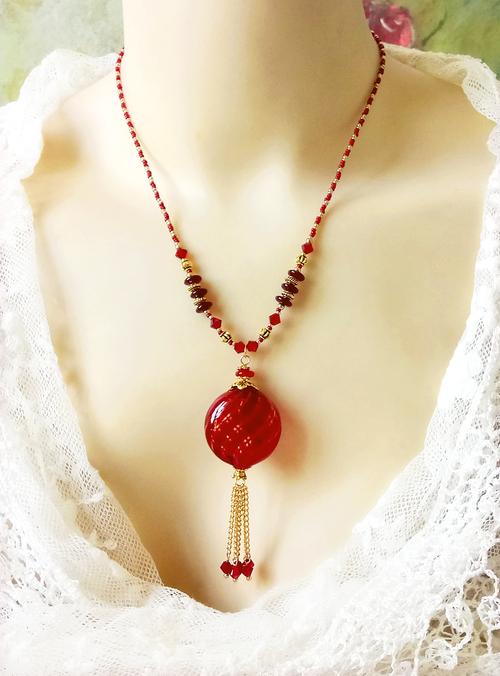 V1 - Collier pendentif rouge verre de Murano authentique soufflé et cristal de Swarovski / Laiton doré
