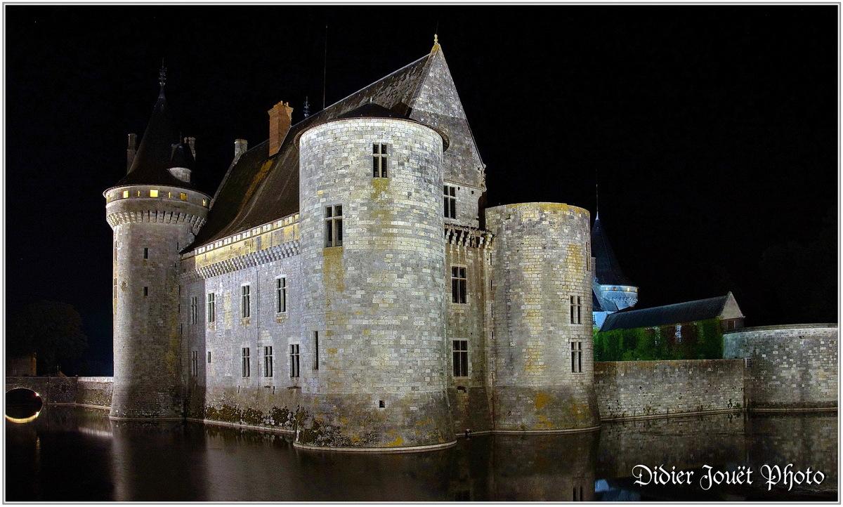 (45) Loiret - Sully sur Loire (1) - Château de Sully sur Loire