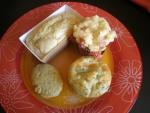 Assiettes de mini cakes et muffin