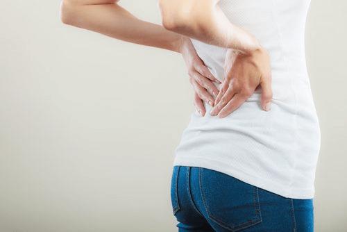 les douleurs d'un côté du dos sont un signe de cancer de la vessie