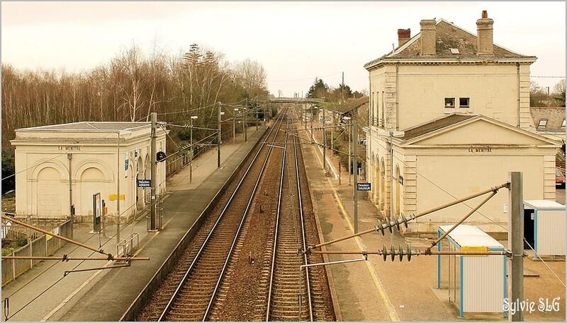 Les trains de la gare