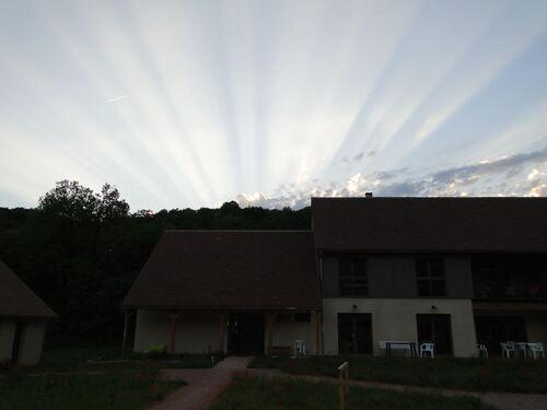 Le ciel à la fin du jour