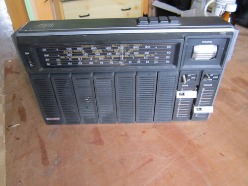 Radiola 870