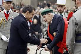 """L'Algérie, ce """"paradis perdu"""" dit Ménard le maire extrémiste de Béziers... Mais ce paradis c'était l'enfer pour les Oradour-sur-Glane algériens"""