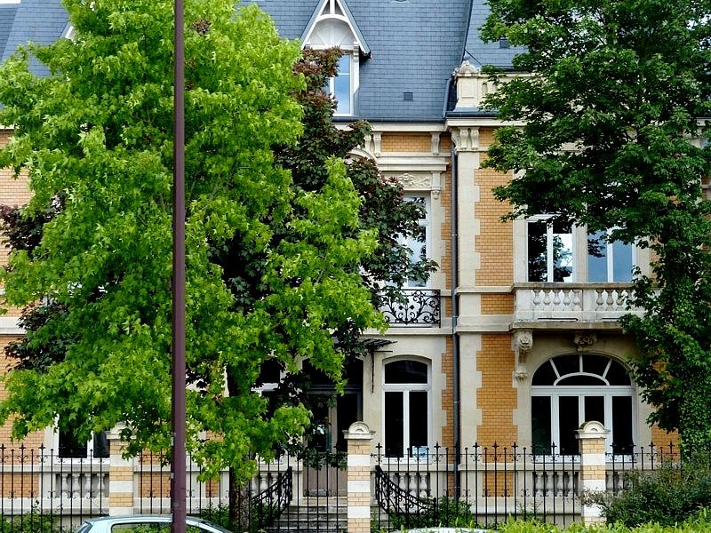 Metz / Entre le Botanique et le square du Chanoine Collin...