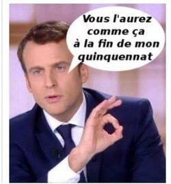 Macron ne laisse pas tomber le social. Mais tout est dans l'humour.