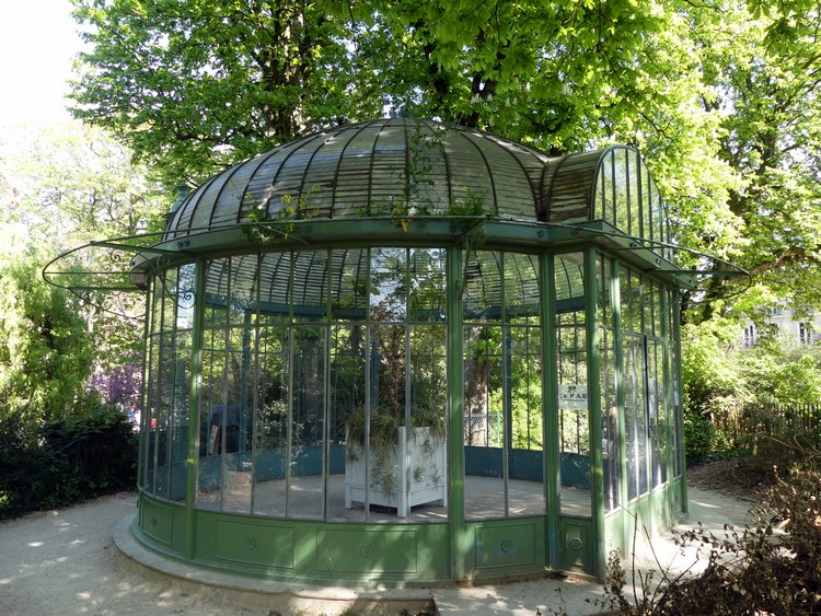 Orangerie du square des Batignolles