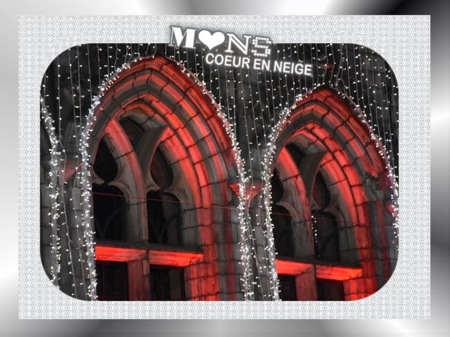 Mons Coeur en Neige ,2015, Mons,illuminations, hotel ville, Belgique   HAPPY NEW YEAR-BONNE ANNEE,Frohes neues Jahr,old Year's Day , Saint Sylvester's, Day New Year's eve,