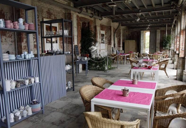 Salon de thé du jardin des Roses