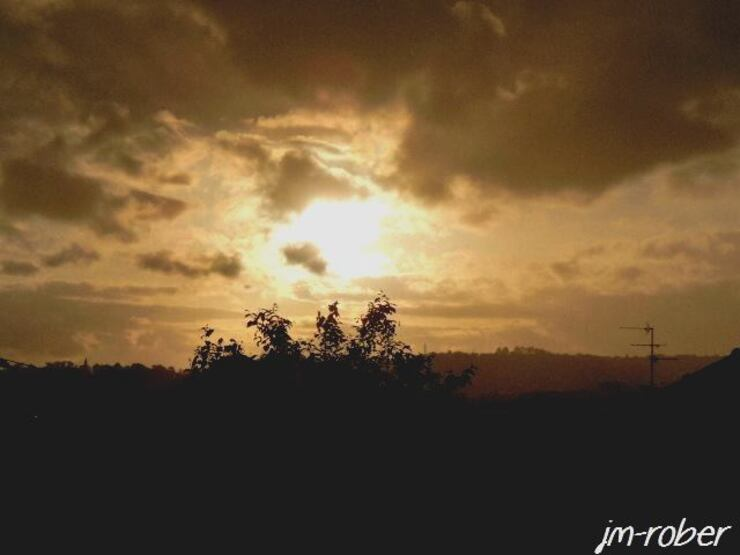 8 Mai 2015, Quand le soleil se couche sous la pluie
