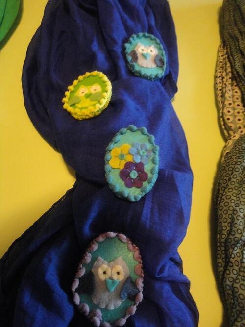 """Les attaches """"chouette foulard"""" sont terminées.12€ Gm et 9€ Pm"""
