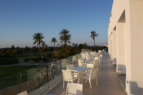 Etiquette sur le tee au golf Djerba Tunisie
