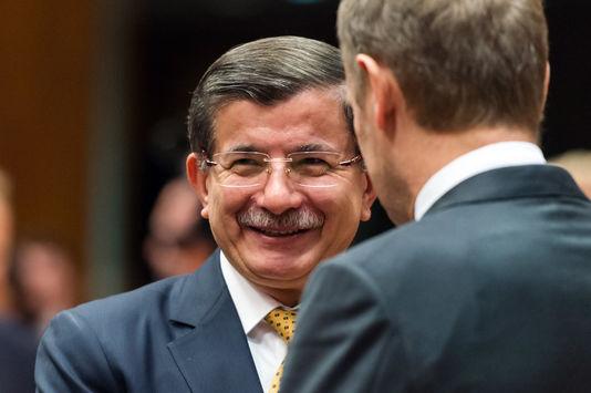Le président du Conseil européen, Donald Tusk, a présenté le projet vendredi au premier ministre turc, Ahmet Davutoglu.