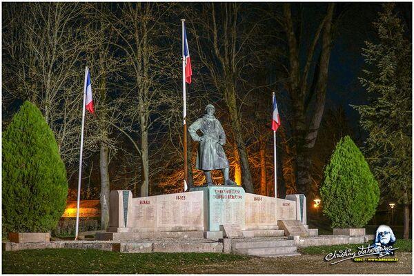 Châtillon sur Seine la nuit, de très belles photos de Christian Labeaune (partie 2)