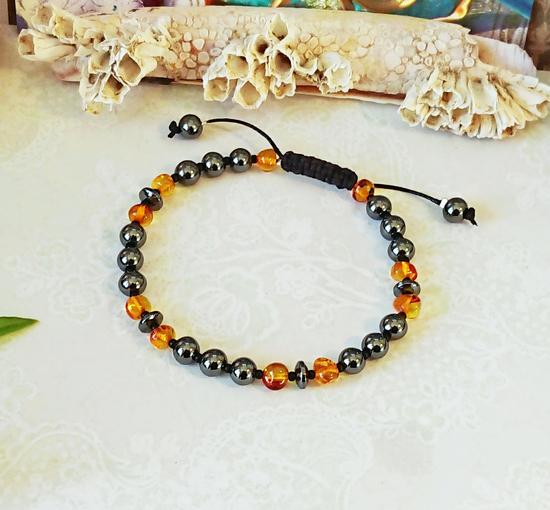 Bracelet coulissant Pierre hématite et ambre naturelle de la Baltique homme ou femme, fermeture macramé coton ciré noir