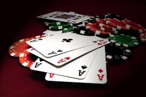 Keputusan Bermain Poker Online