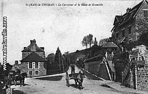 cartes-postales-photos-Le-Carrefour-et-le-Route-de-Granvill