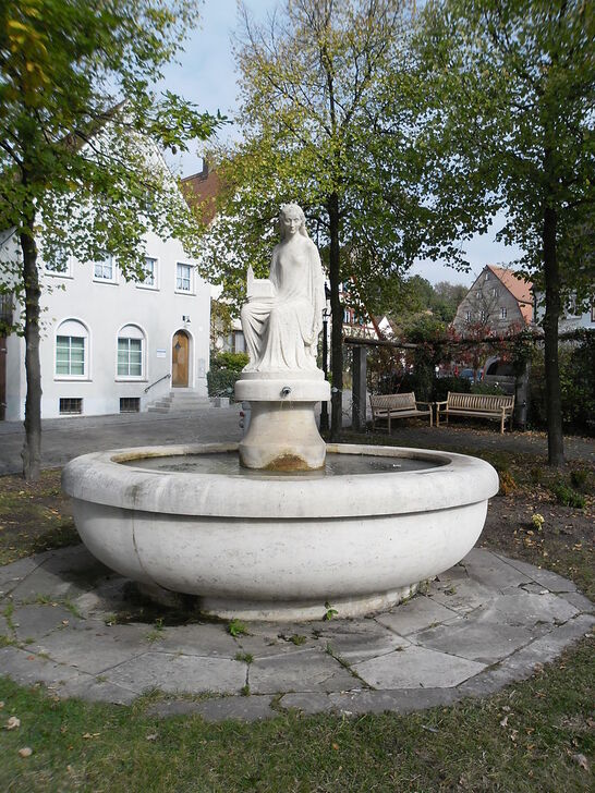 Stillabrunnen auf Stillaplatz.JPG