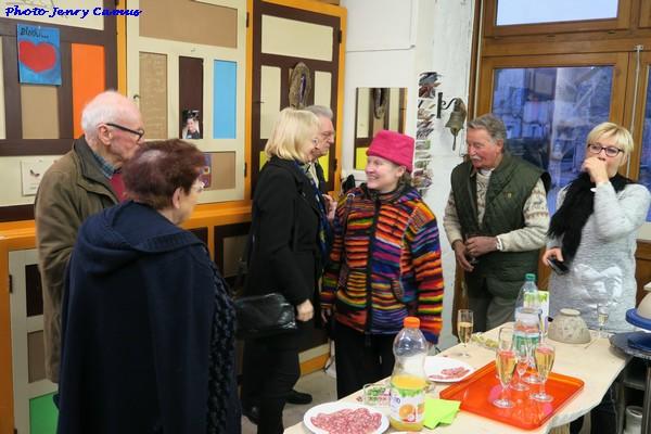 Maripol expose ses belles peintures dans l'atelier de Laurence Petit à Prusly sur Ource...