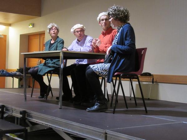 """""""Si la vie commençait à la retraite ?"""", un spectacle interactif proposé par la Compagnie des Trois Sœurs lors du Forum des Seniors"""