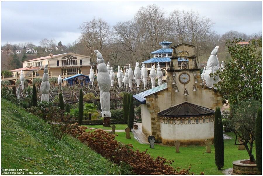 Espelette - Cambo les bains - Ibardine - Ilbarritz