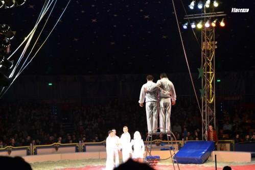 cirque saut acrobatique A