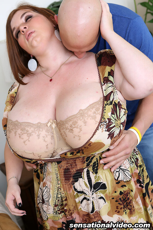 BigBoobs - Anorei Collins - 7 - duo