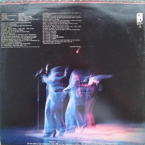 "1976 : The O'Jays : Album "" Message In The Music "" Philadelphia International Records PZ 34245 [ US ]"