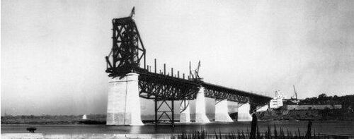 Construction du pont Jacques Cartier