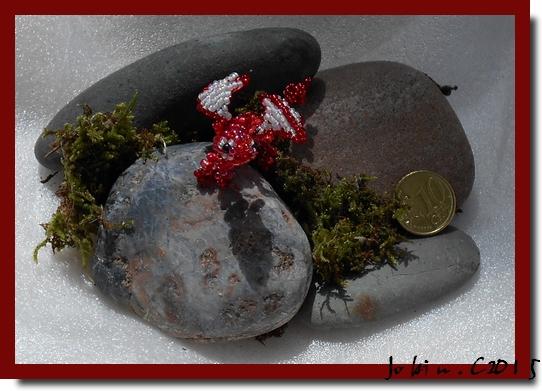 Dragon rouge en perles de rocaille