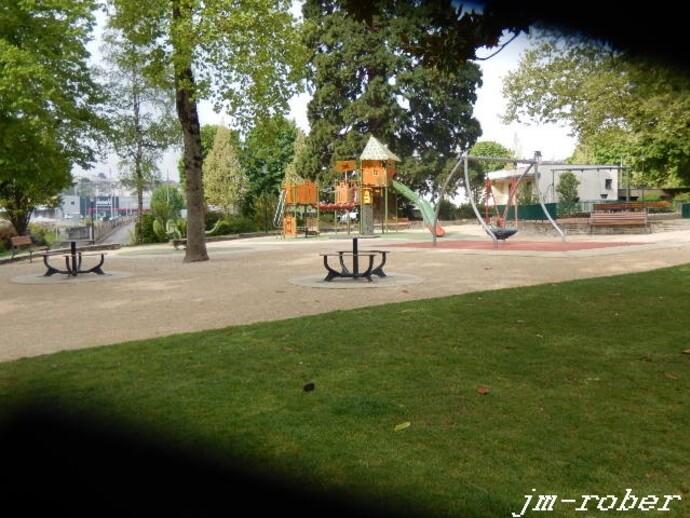 """Limoges: Une balade matinale dans l'un des plus vieux parc fin de la ville """"XIXème siècle"""". (1)"""