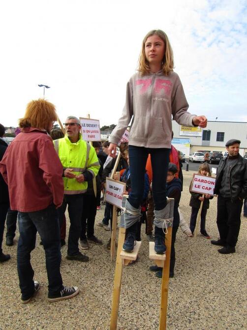 Tous les habitants du cap soutiennent le lycée Jean-Moulin.