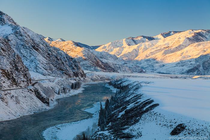 Hiver sévère mais magnifique de l'Altaï sur les photos d'Anton Petrus