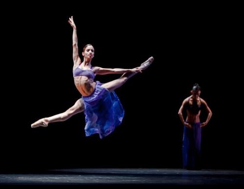 19/10/2011 - Karina Gonzalez