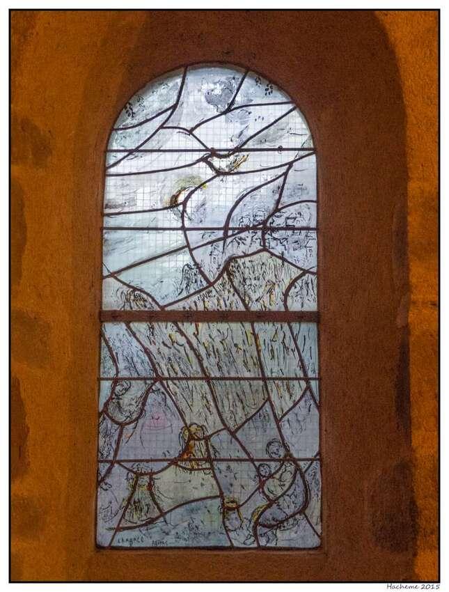 Vitrail de Notre-Dame du Saillant