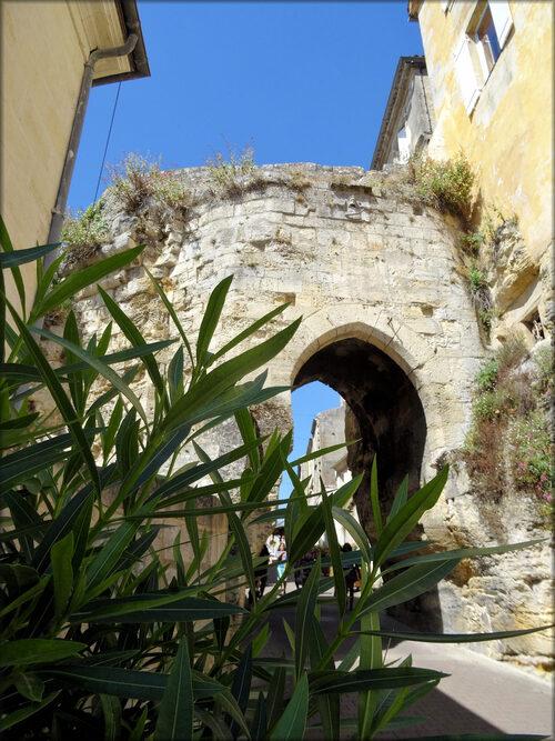 Photos de la Porte de la mer (Bourg sur Gironde)