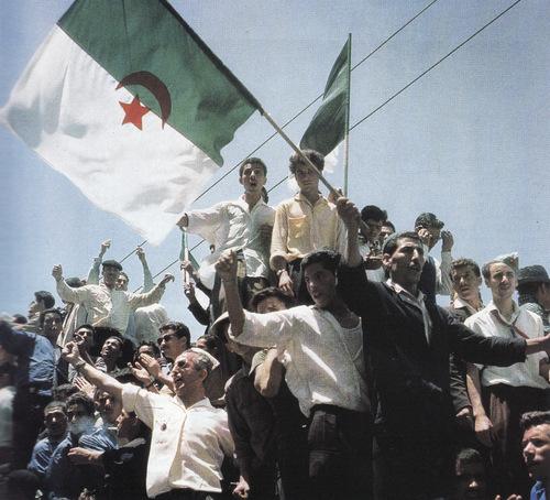 - 8 MAI 1945   жжжжж Massacres à Sétif : Sous l'égide du CNR