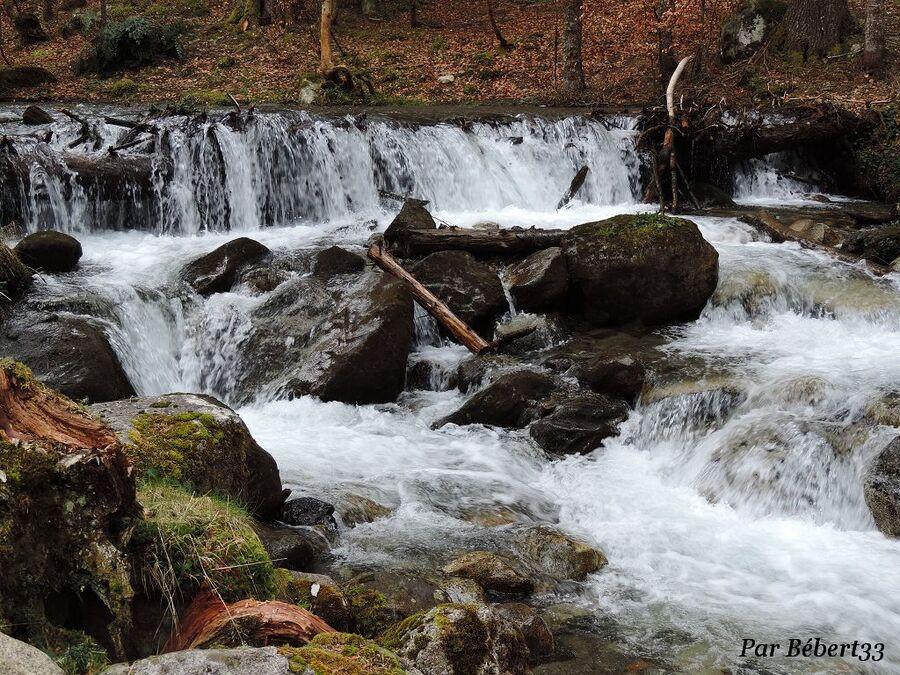 le lac de Payolle dans les Hautes Pyrénées -2