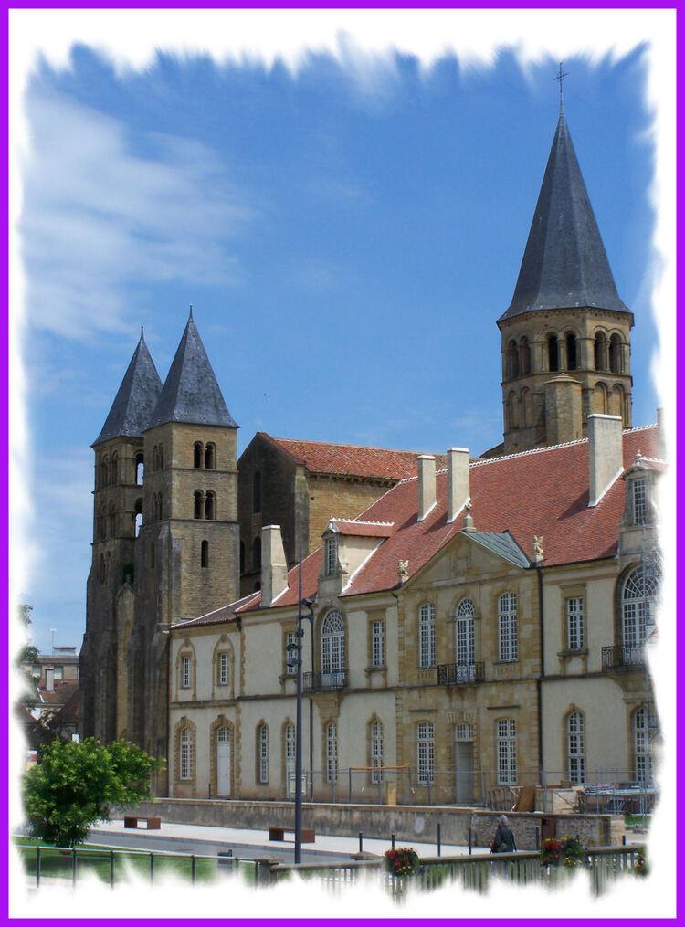 Paray- le -Monial