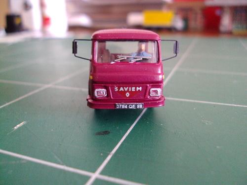 Camion Saviem SG2 évolutif