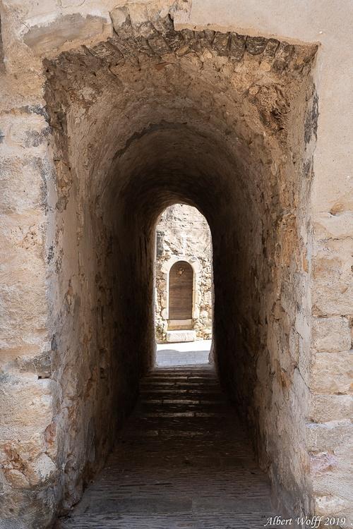 Sous le soleil de Saint Guilhem le Désert - 1 -