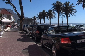 cape_town_camps_bay_cars