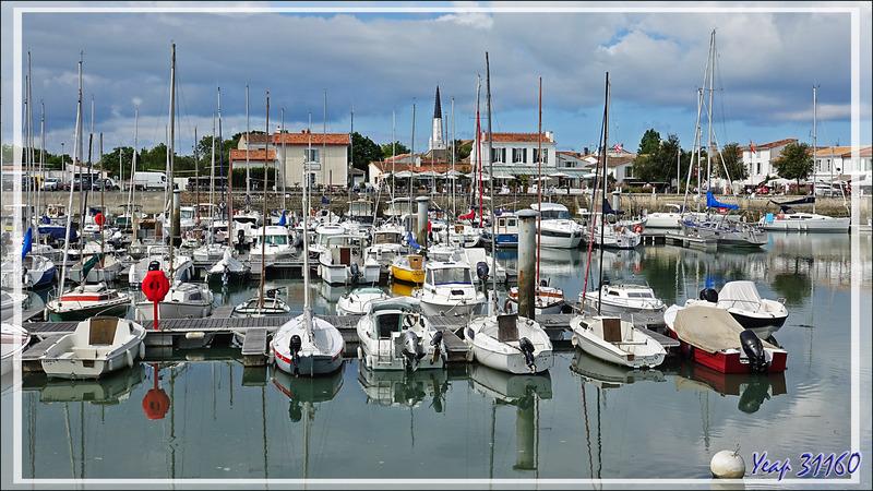 Le vieux port d'Ars-en-Ré qui n'est plus désormais qu'un port de plaisance - Ile de Ré - 17