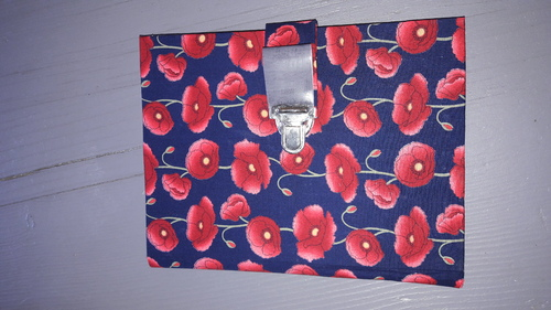 Cartonnage  coquelicots