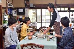 De nouvelles images pour le film Hana wa saku ka