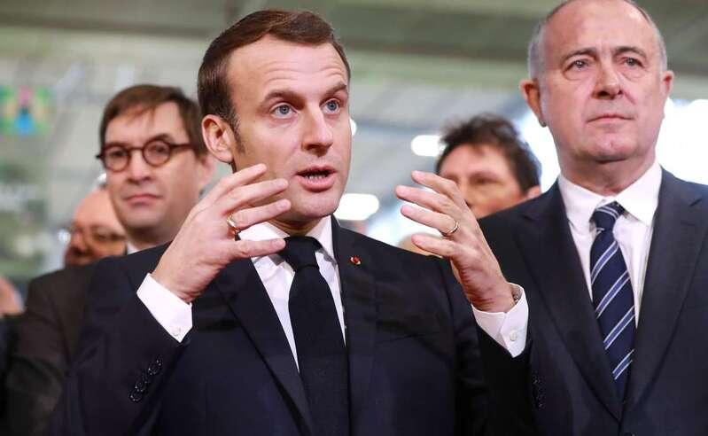 """Macron juge """"impossible"""" de revaloriser dès aujourd'hui les pensions de retraites des agriculteurs à 85% du Smic"""