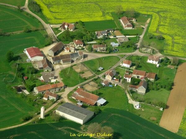 Le canton d'Aignay le Duc vu du ciel, de très belles photos de Jean et Sophie Ponsignon et de Jean-Pascal et Nicole Dufour...